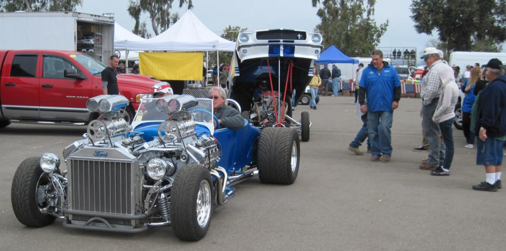 Double Trouble: A '27 Ford T Hot Rod with 2 V-8's and 4 ...  |Double Trouble Hot Rod